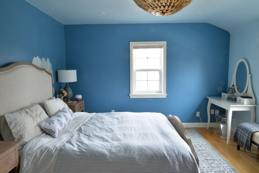 Jennifer, of Rambling Renovators, is creating a calming master bedroom oasis, for the One Room Challenge
