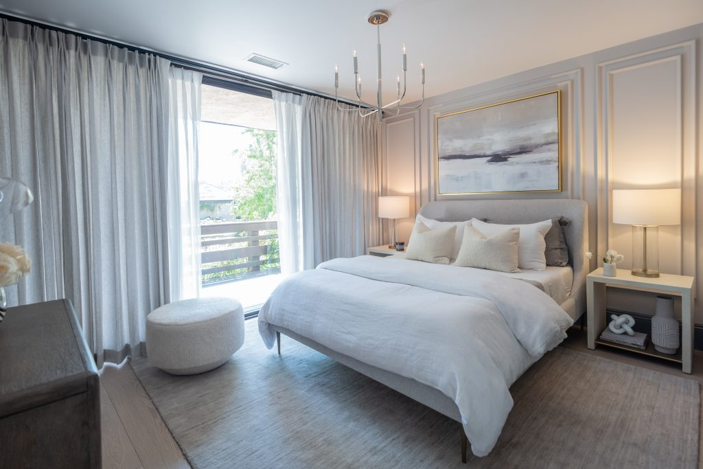 Newly renovated bedroom with Metrie casing.
